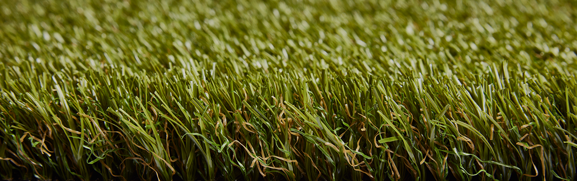 Artificial grass for a maintenance-free lawn