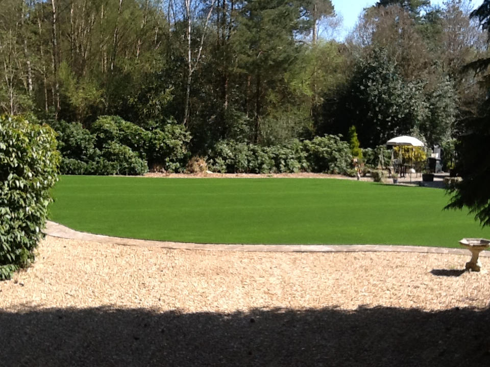 Artificial grass instatllation - finished product