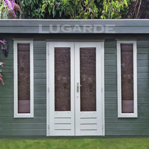 Lugarde Log Cabin flat roof B11