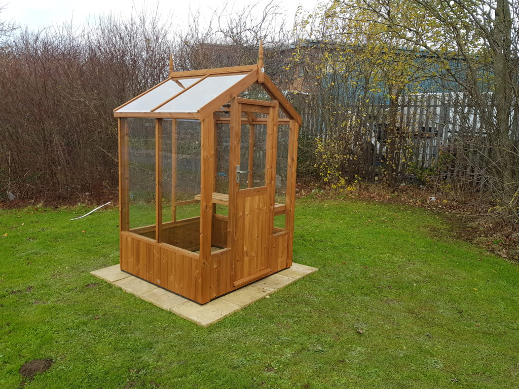 Swallow Lark greenhouse 4'7 x 4'3
