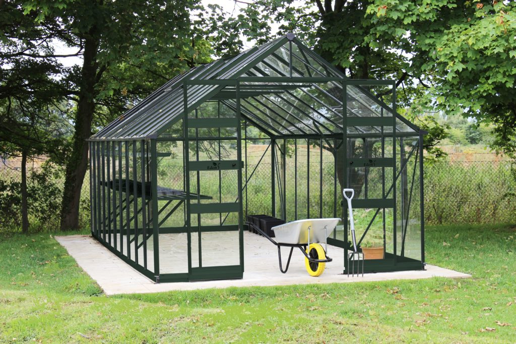 Eden Bourton greenhouse - green