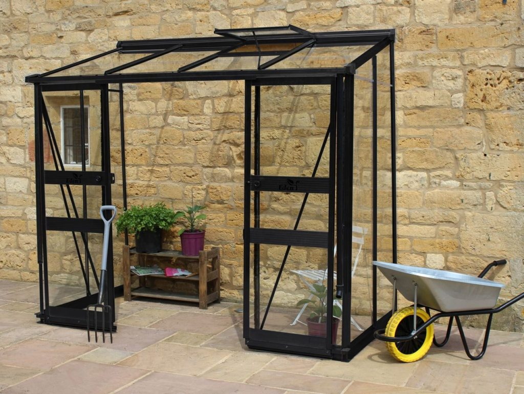 Eden Broadway 84 greenhouse in black