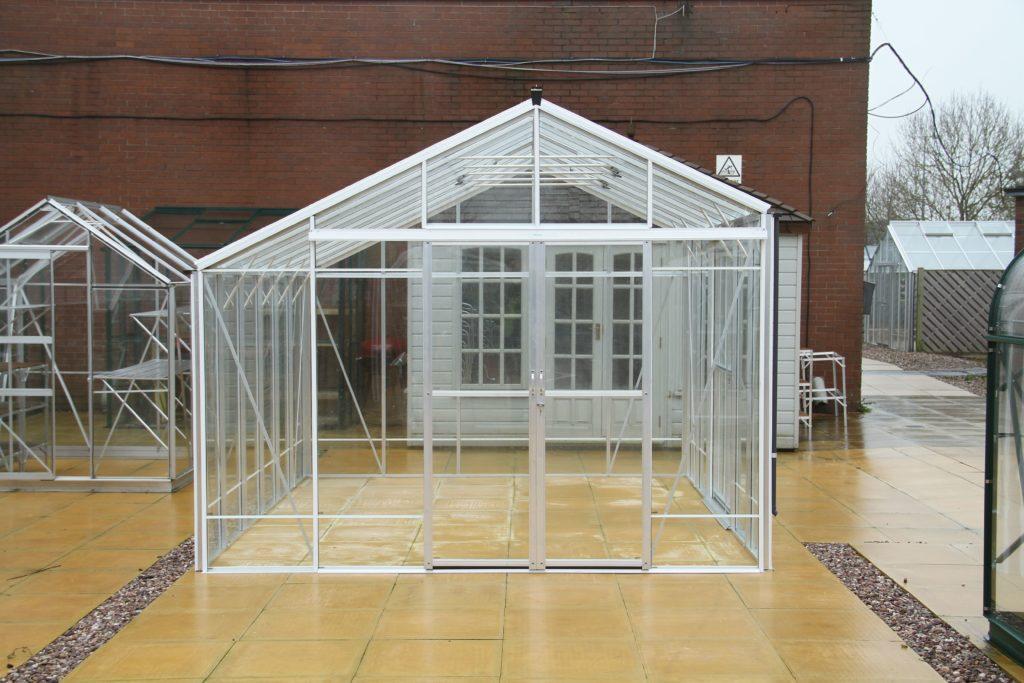 Robinsons Redoubtable Aluminium Greenhouse 10 x 6