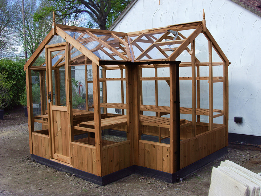 Swallow Cygnet Greenhouse 6ft x 11ft
