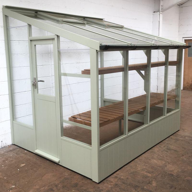 Starling Swallow greenhouse 6'7x8'4 in vert de terre